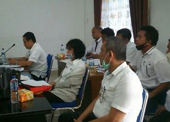 Para pejabat Dinas PUPR yang mengikuti rapat dengan Komisi III, Rabu (22/7/2020).