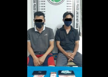 Edi dan Riko, dua lelaki yang diduga mengedarkan narkoba di Studio Hotel & Restaurant City.