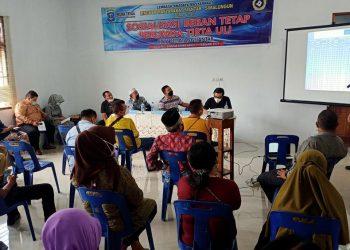 Dirut Perumda Tirtauli, Zulkifli Lubis, tengah menyampaikan materi sosialisasi penerapan beban tetap di kantor kecamatan Siantar Utara, Kamis (11/2) sore.